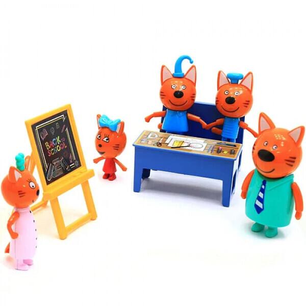 Игровой набор Три Кота в школе   Набор 5 фигурок, стол, стул, доска