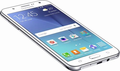 Смартфон обладает хорошо продуманным, привычным для телефонов от Samsung  дизайном. Устройство прикрывает прочный корпус, выполненный из матового  пластика. ac811c6af8b